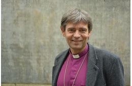 Biskopens juleandakt: Løfter om kjærlighet!